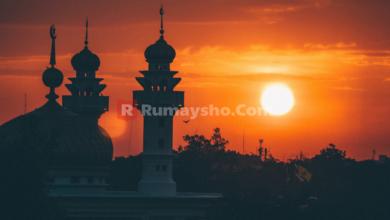 Shalat Jama'ah 5 Waktu, Fardhu Ataukah Sunnah?