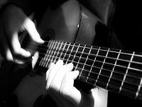gitar_alat_musik_haram