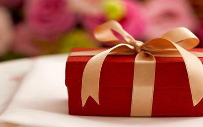 21 Faedah Tentang Hadiah